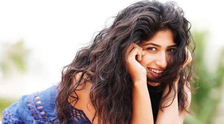 Actress-Roshni-Prakash-12