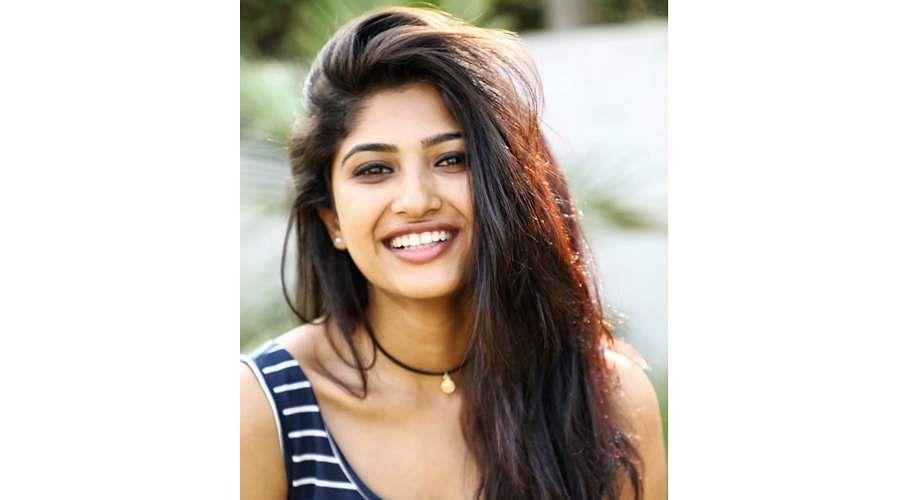 Actress-Roshni-Prakash-13