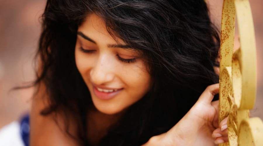 Actress-Roshni-Prakash-16