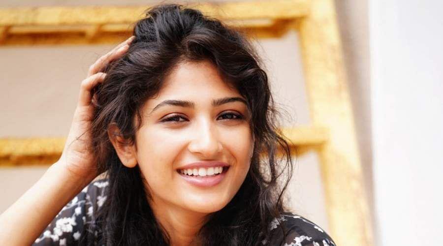Actress-Roshni-Prakash-17