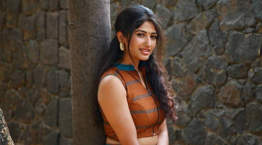 Actress-Roshni-Prakash-3