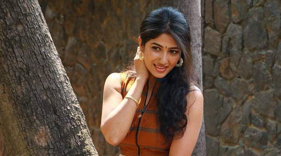 Actress-Roshni-Prakash-4