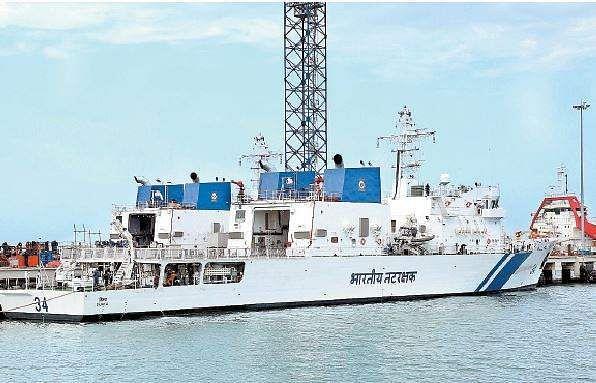 விஜயா ரோந்து கப்பல் நாட்டுக்கு அர்ப்பணிப்பு Ship4