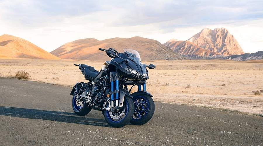 2018-Yamaha-MXT850-EU-Graphite-Static-3