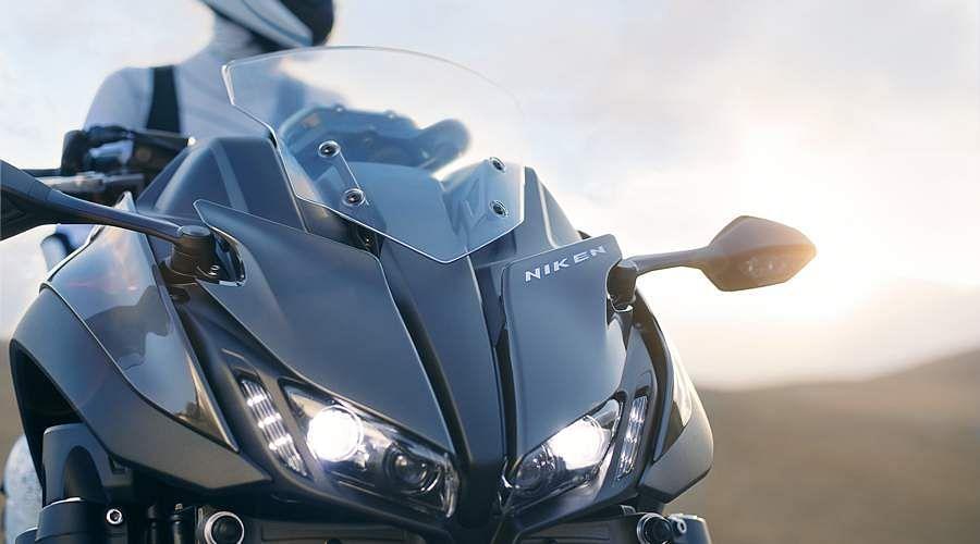 2018-Yamaha-MXT850-EU-Graphite-Static-8