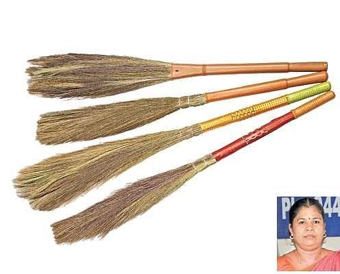 GRASS-BROOM-STICK