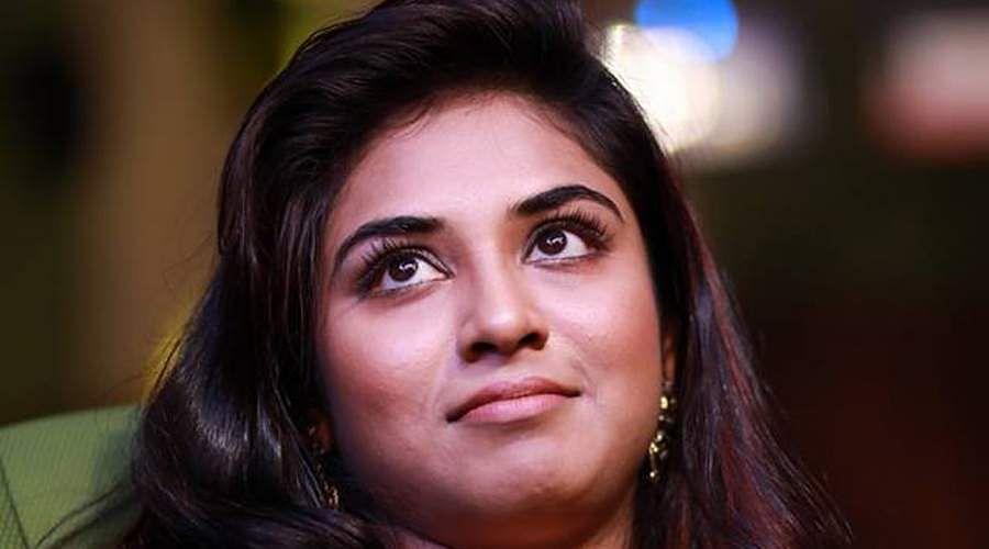 actress-Induja-4