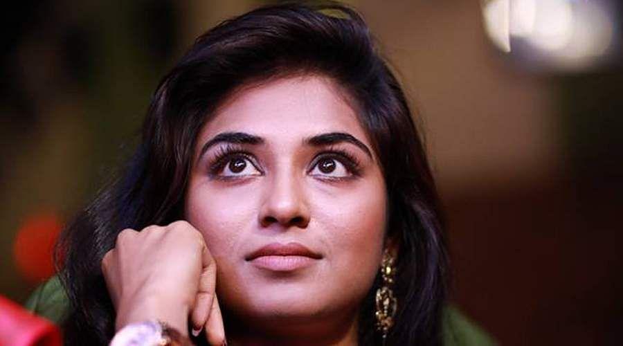 actress-Induja-7