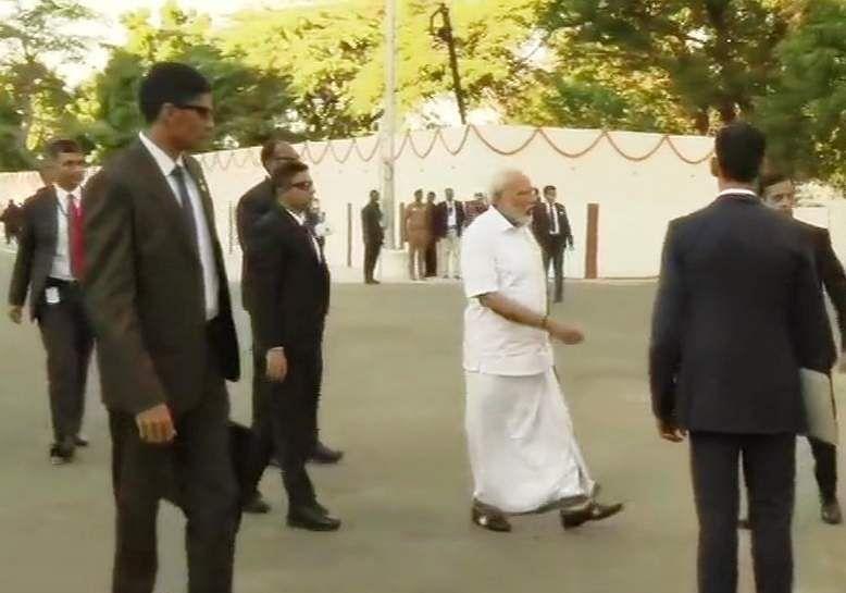 PM_Modi_in_Tamil_Traditional_dress_Veshti_and_Shirt_1