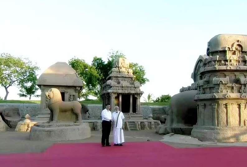 PM_Modi_in_Tamil_Traditional_dress_Veshti_and_Shirt_19