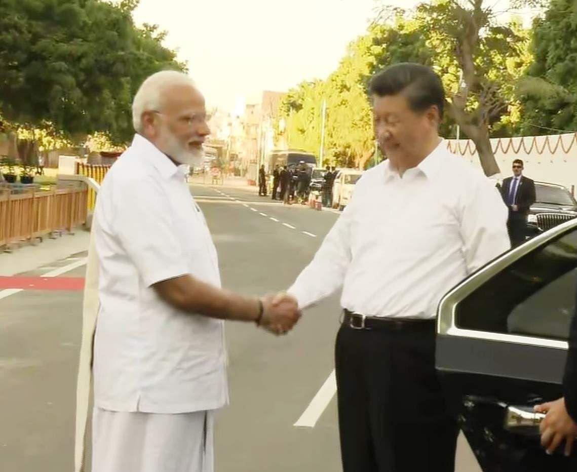 PM_Modi_in_Tamil_Traditional_dress_Veshti_and_Shirt_3