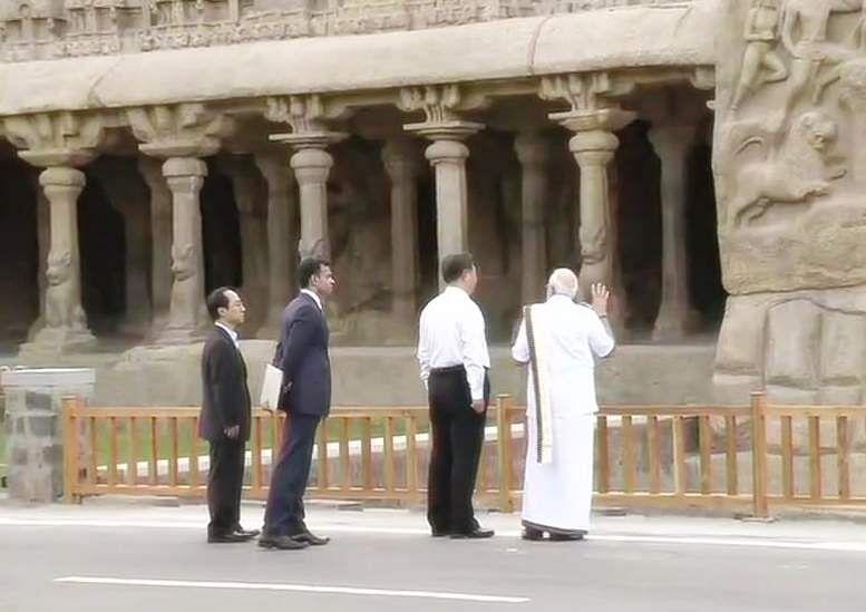 PM_Modi_in_Tamil_Traditional_dress_Veshti_and_Shirt_5