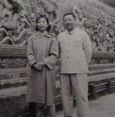 xi-jinping-parents-60s