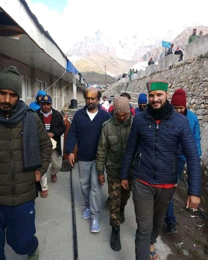 Rajinikanth_in_himalayas_18