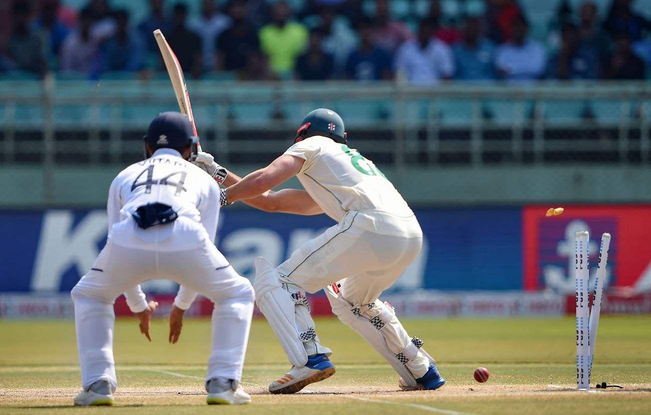 Ashwin_bowled_SA_batsman