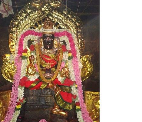 லலிதாம்பாள்