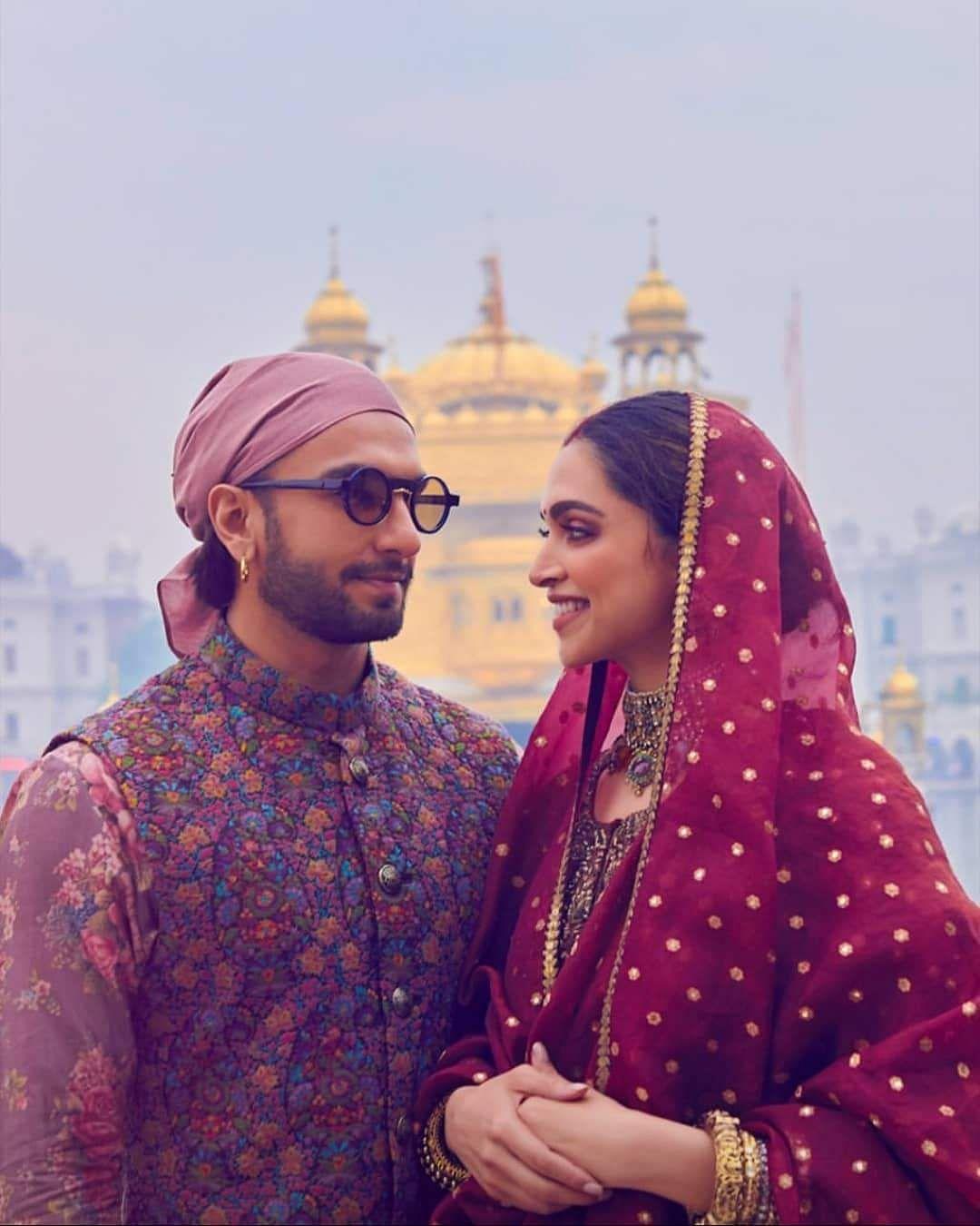 Deepika_Padukone_and_Ranveer_Singh_wedding_anniversery_13