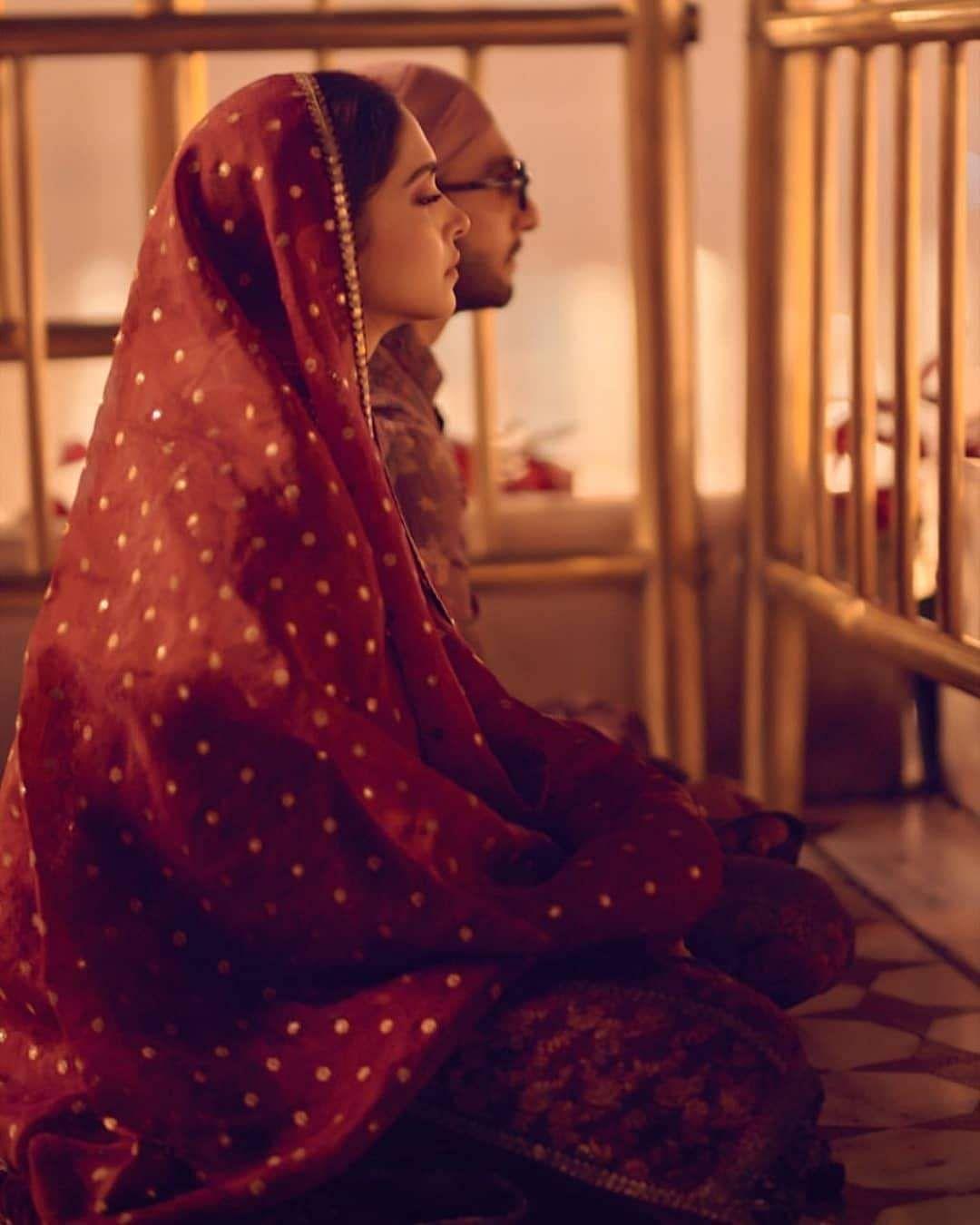 Deepika_Padukone_and_Ranveer_Singh_wedding_anniversery_17