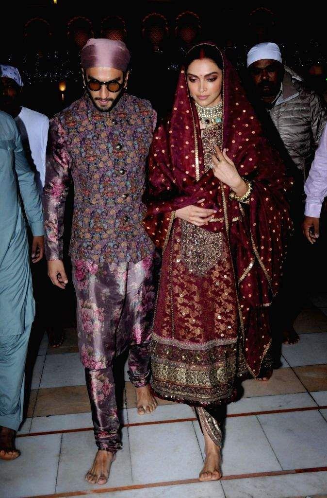 Deepika_Padukone_and_Ranveer_Singh_wedding_anniversery_5