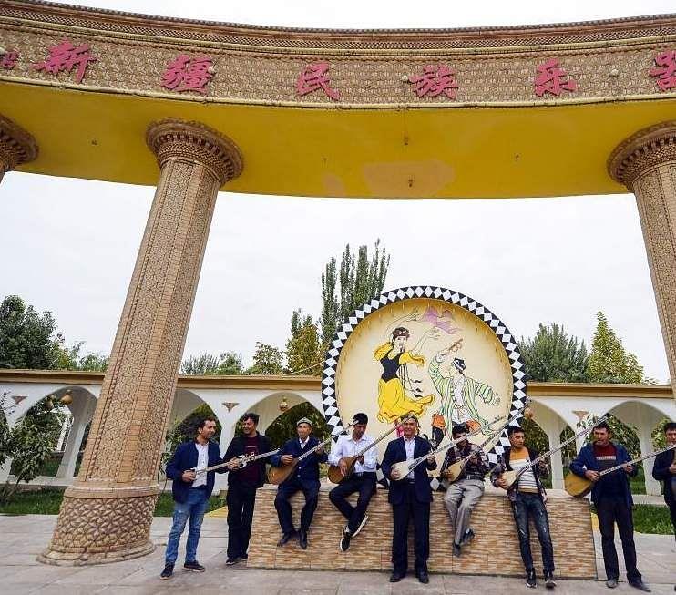 china_music_instrument_village_3