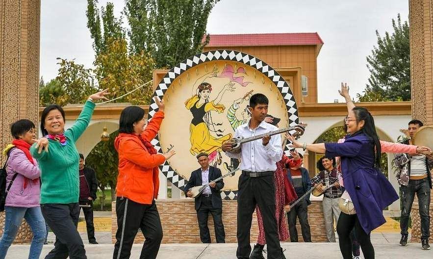 china_music_instrument_village_4
