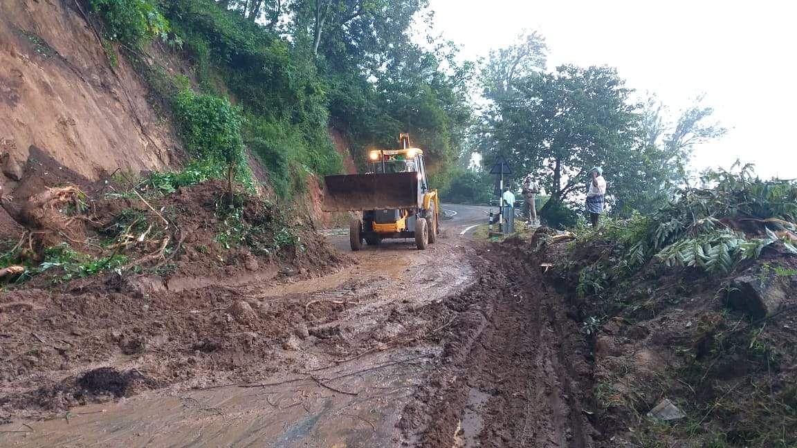 landslide forces 9 hour traffic delay