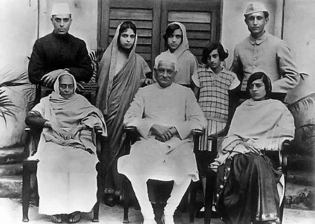 indira_nehru_family