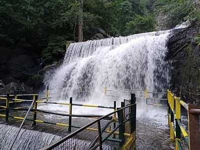 suruli-falls