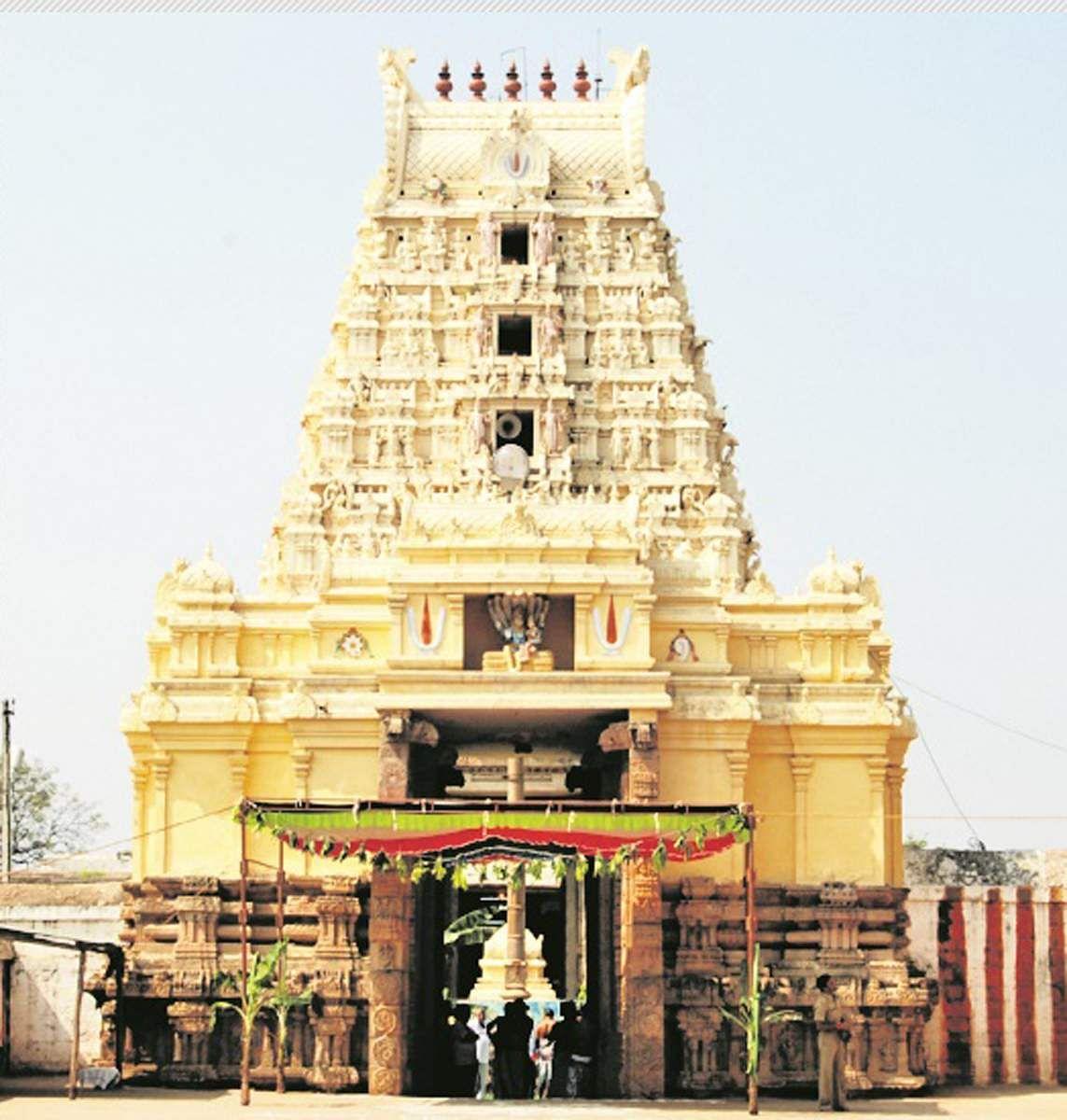 Nava_Narasimha_Temple-20