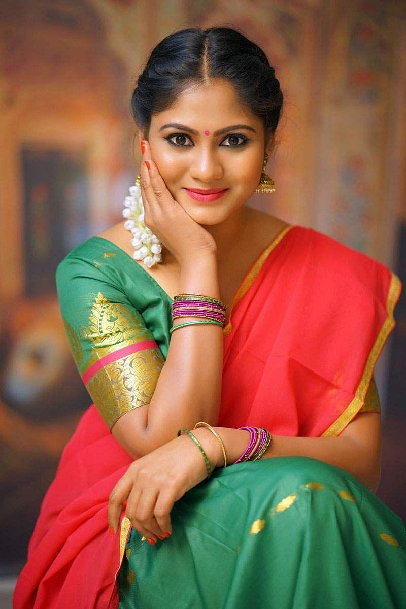 Shruti-Reddy-Stills-2
