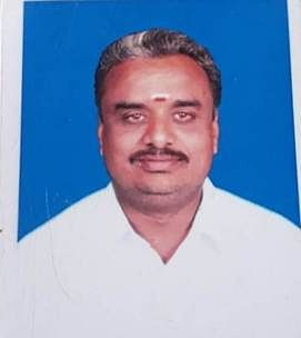 ஆா்.ராஜா(49).