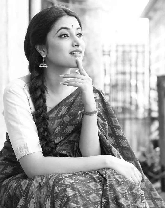 Priyanka_Arul_Mohan_10