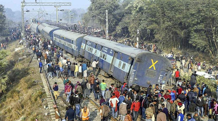 train-accident-6