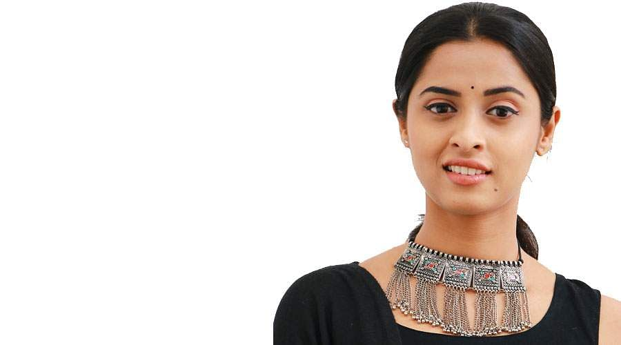 Actress-Arthana-Binu-10