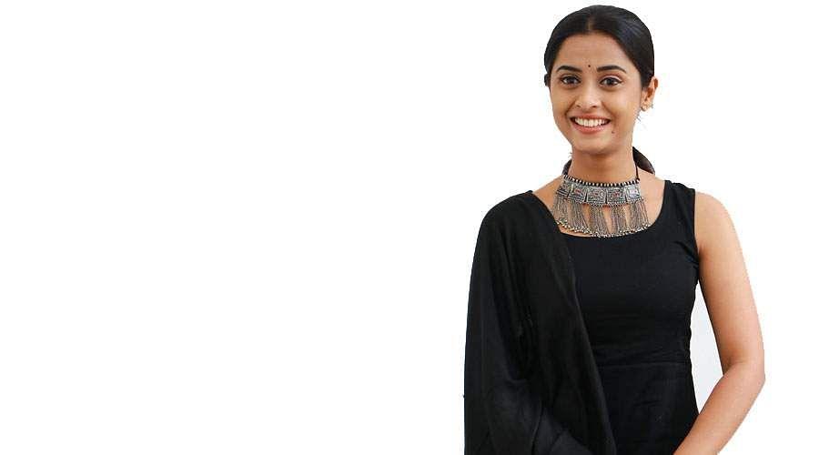 Actress-Arthana-Binu-8