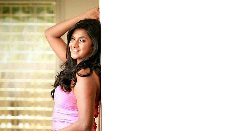 Actress_Puvisha_-12