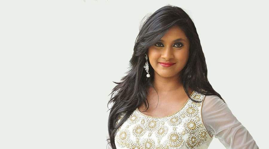 Actress_Puvisha_-17