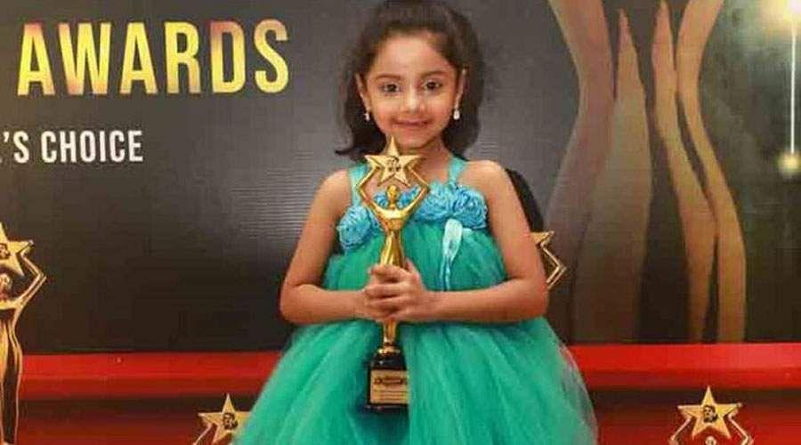 Stars-Celebs-at-12th-Edison-Awards-Stills-11_(1)