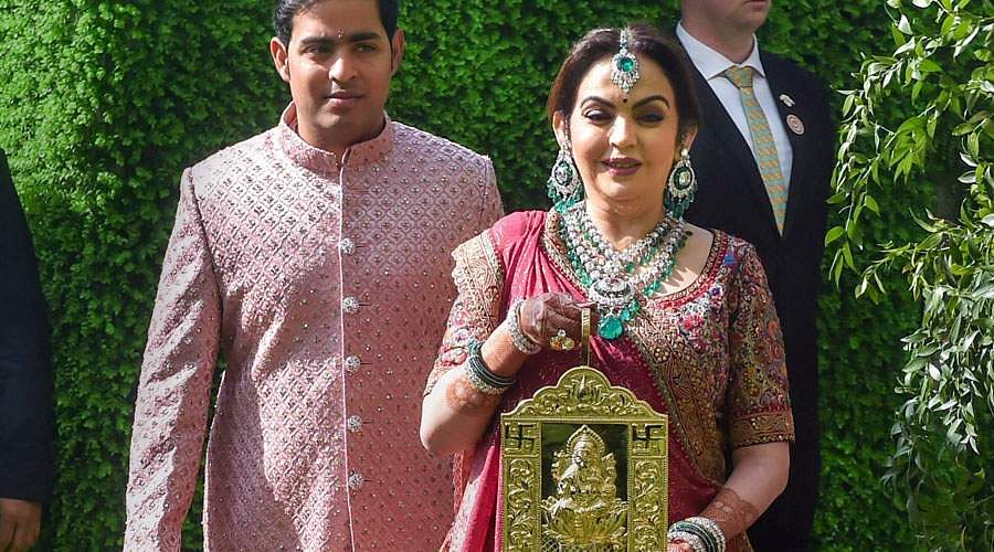 ambani-son-wedding-9