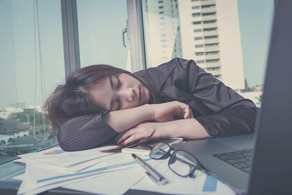 napping_at_noon