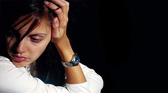 woman_sad-apha-100112