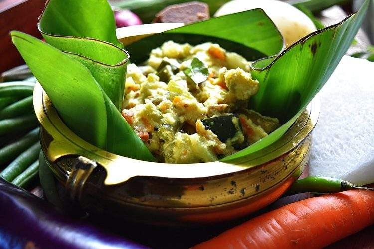 Aviyal-Avial-Kerala-Mixed-Vegetable-Coconut-Gravy-0-750x500