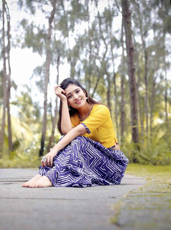 Actress-Vani-Bhojan-10