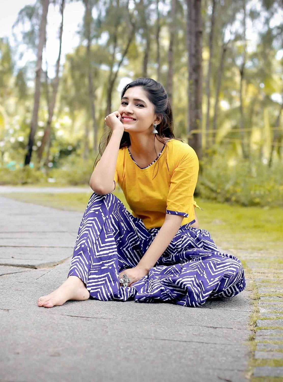 Actress-Vani-Bhojan-11