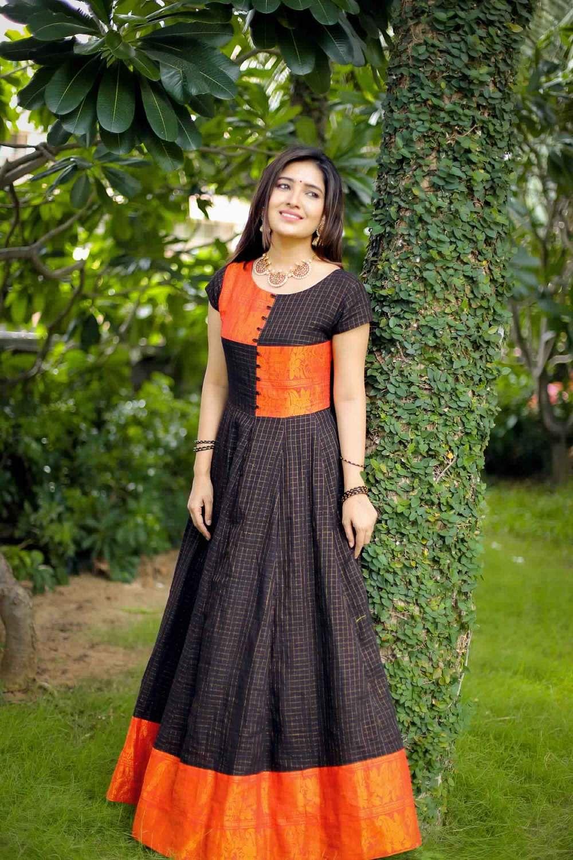 Actress-Vani-Bhojan-15