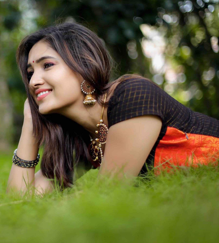Actress-Vani-Bhojan-16