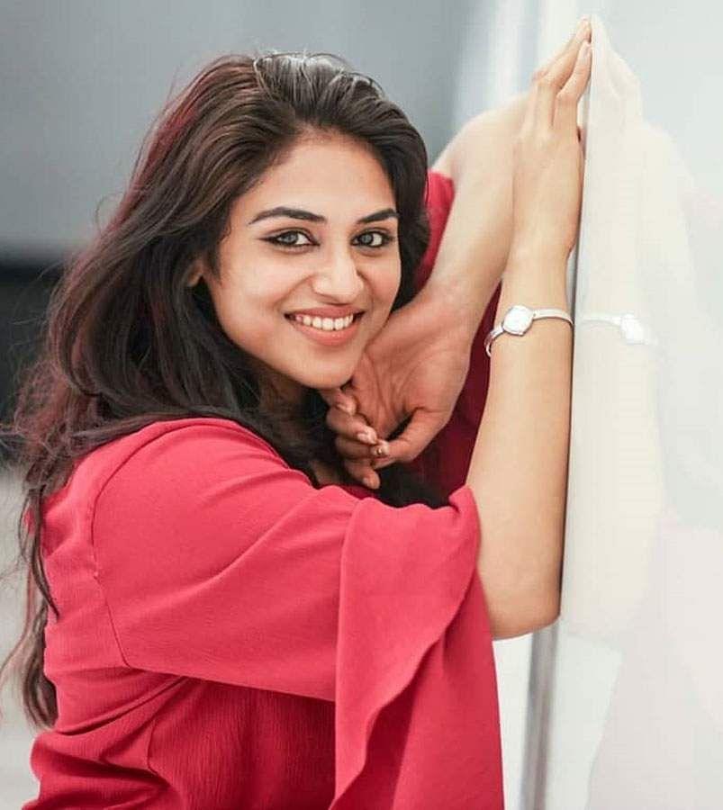 actress-indhuja-4