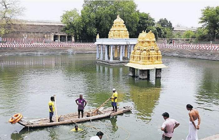 Image result for அத்தி வரதர் திருவிழா