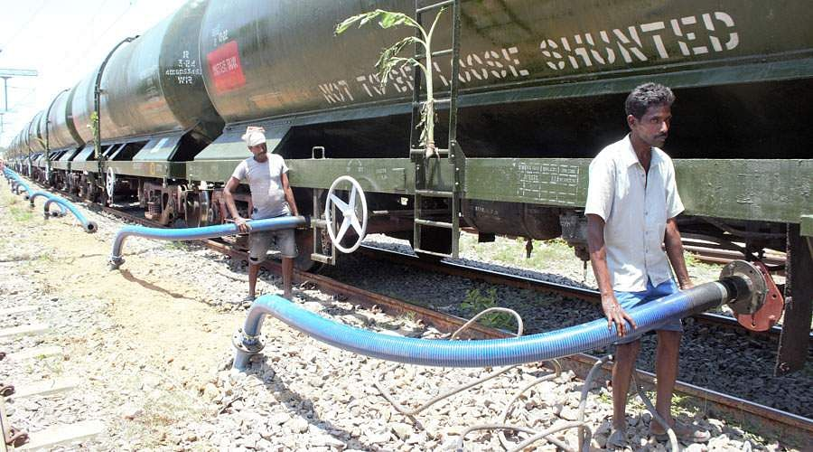 train-water-10