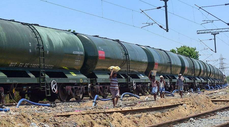 train-water-7